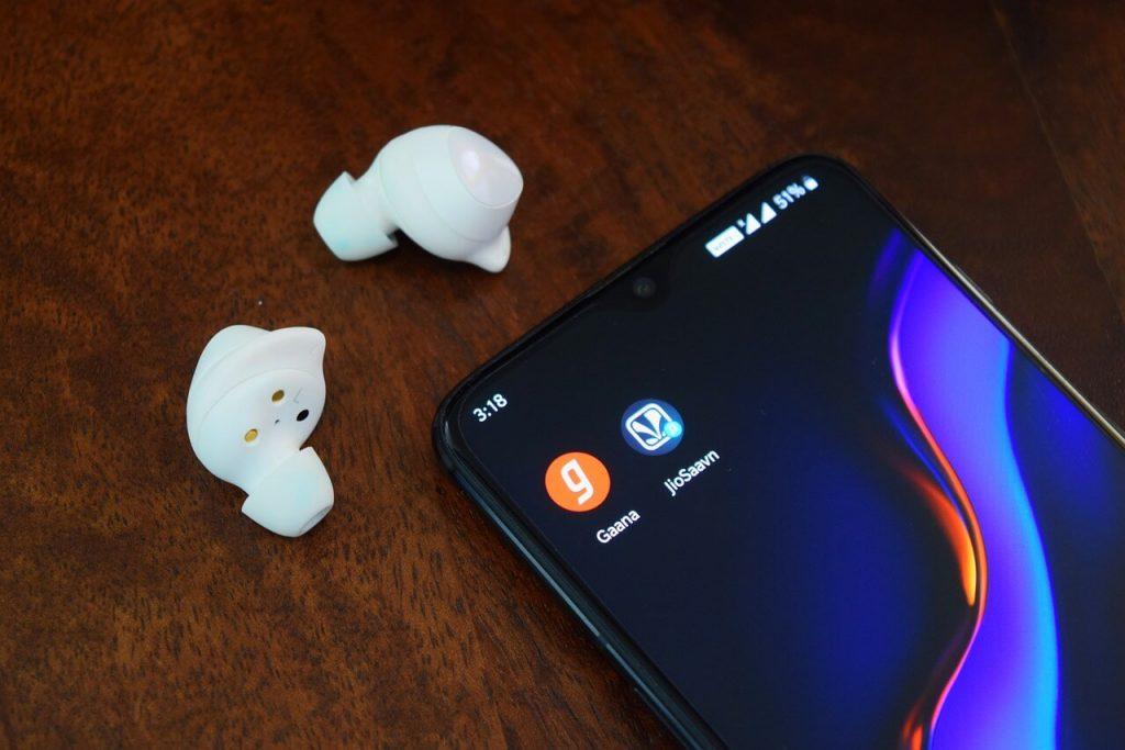 JioSaavn Music App Review